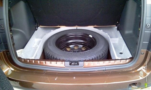 система хранения в багажнике Рено Дастер