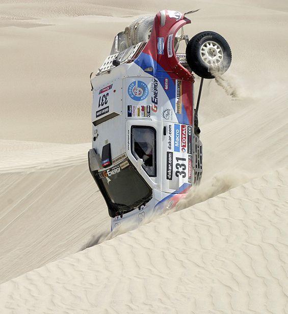 Renault Duster Dakar в пустыне
